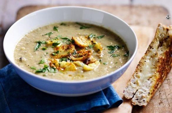 Roasted Mushroom and Cauliflower Soup